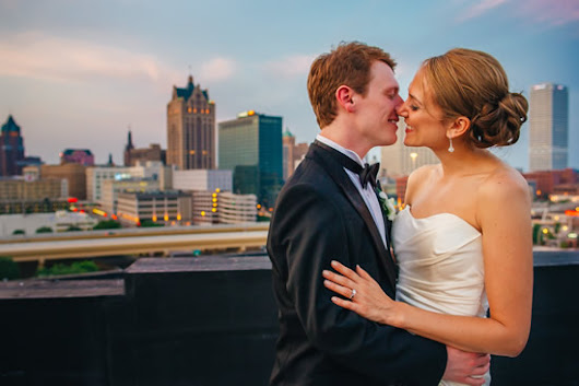 18 of Milwaukee's Most Epic Wedding Photos