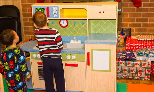 7 Amazing KidKraft Kitchen Playsets to Get Your Little Chef Cooking