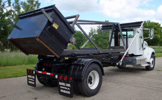 What are the different kinds of hooklift bodies and hooklift containers?