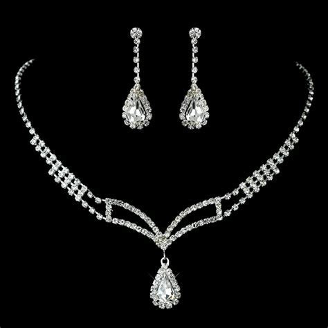 Rhinestone Covered Necklace & Earring Jewelry Set for