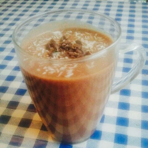 Happy Healthy Monday: Hot Chocolate Power Smoothie