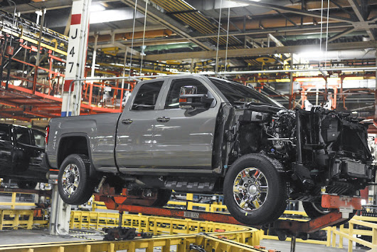 WATCH: GM's Duramax Diesel Engine Assembly From Start to Finish