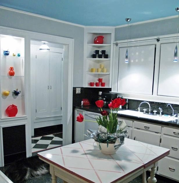 Black And Red Kitchen Table Dream House