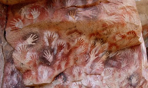 cueva manos RESEÑA: La llave del destino, de Glenn Cooper