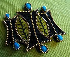 рукодельные украшения из застежки молнии