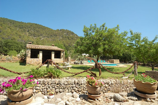Pollensa in Autumn: Turn Back Time - Blog - The Best Villas Pollensa