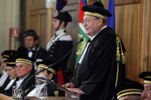 Illegalità, corruzione e malaffare avvolgono l'Italia.