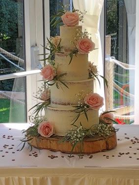 Rebecca Gilmore Innovative Wedding Cake Design Finalist Best Wedding Cakes In Wales 2015