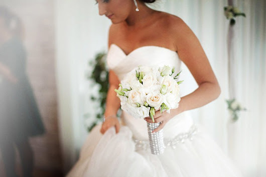 Tips for Brides to Get a White Wedding Day Smile