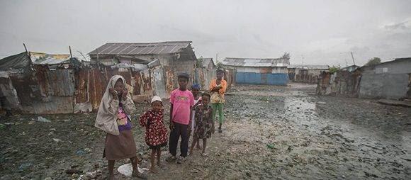 La cifra de muertes y damnificados en Haití continúa en aumento. Foto: The Guardian.