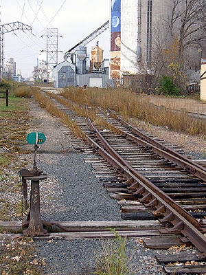 Railway north of 42nd Street at Hiawatha