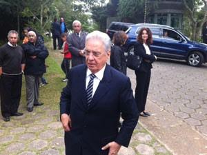 Fernando Henrique Cardoso chegou ao velório no começo da tarde desta segunda (Foto: Tatiana Santiago/g1)