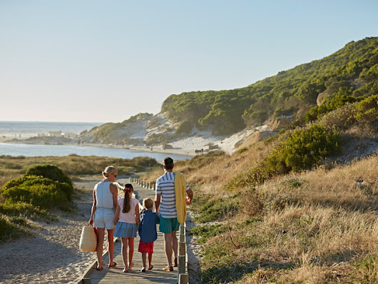 Family Travel Insurance for Canadians: 3 FAQs Answered
