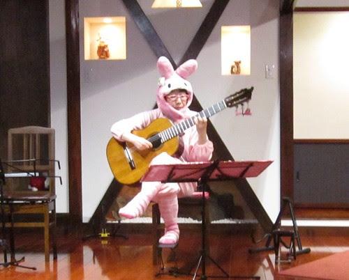 うさぎのピンクさんのソロ 2012年11月24日 by Poran111