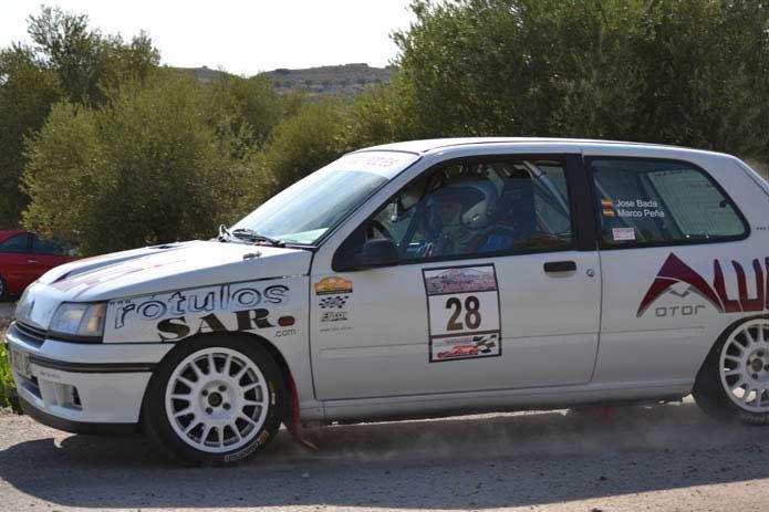 Todo-POI Patrocinador del Clio 16v del piloto Jose R. Bravo Bada y de su copiloto Marco Peña Paredes del equipo Eficar Team