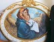 Il quadro della Madonna che 'piange' lacrime di sangue