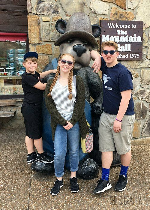 Gatlinburg, Tennessee, family fun, downtown gatlinburg