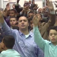 Após condenação, fiéis da ADUD publicam uma série de vídeos defendendo o pastor Marcos Pereira; Assista!