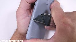 Video: Google Pixel 2 Does Not Impress In A Durability Test
