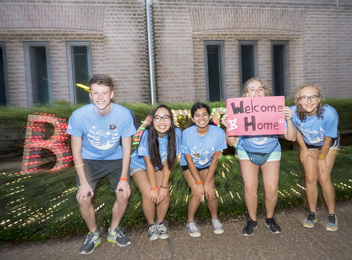 Rice's Class of 2021 moves to campus