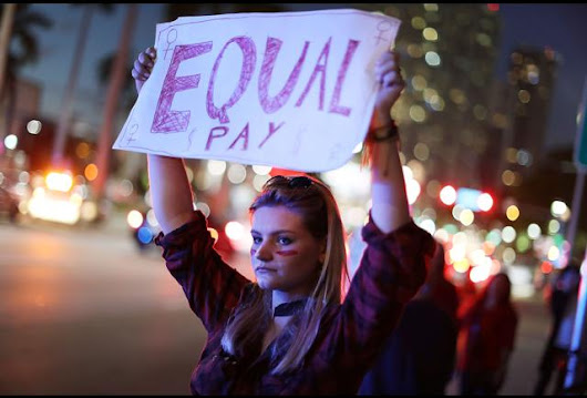 A Bold Campaign Pushes Women to Push for Fair Pay