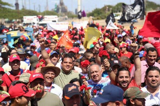 Con la Marcha de Los Claveles Rojos miles de personas rindieron homenaje a Alí Primera (+Fotos)