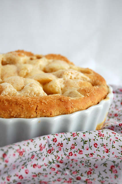 Apple yeast sugar tart / Pão de maçã