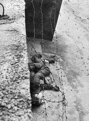 BE062743 • © Bettmann/CORBIS par ♫ enzinho