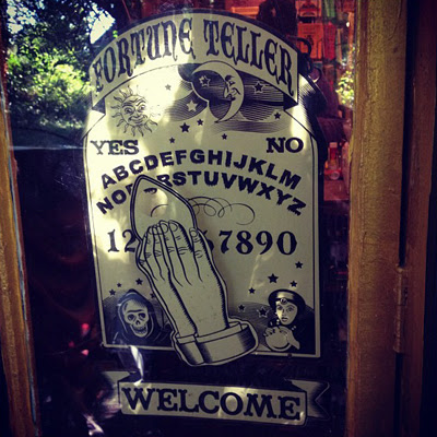 Fortune-Teller-Sign-Outside-the-Lucky-Mojo-Curio-Company