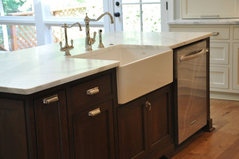 Trends For Farmhouse Kitchen Island With Sink And Dishwasher pictures