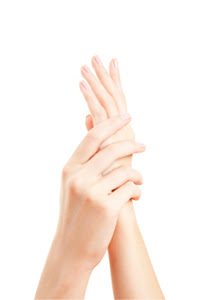 3 Long-lasting Manicures