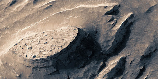A Stunning Video of Mars That Took Three Months to Stitch Together—by Hand | WIRED