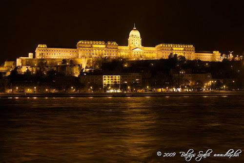Buda Castle by Night / A Budai vár éjszaka