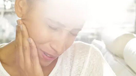 Jaw Pain? Here's Everything You Need to Know About TMJ