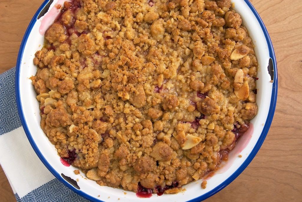Pear and Plum Crisp combines two delicious fresh fruits with a delicious oat topping.