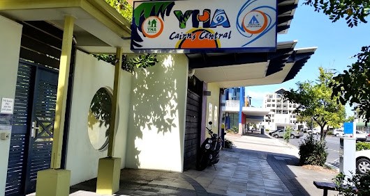 YHA Cairns Central – Eco-friendly Backpackers Hostel and Budget Accommodation