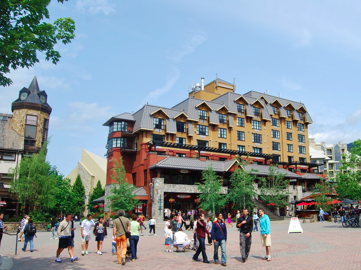 The town of Whistler itself has all of the charm of an alpine village in Europe.