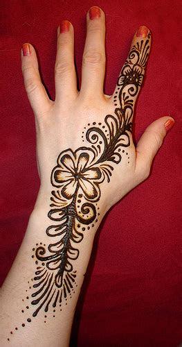 girl tattoo designs dragon mehndi designs