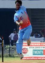 Physically-challenged Neeraj Kumar of Fazilka in action at Navrangpur Stadium of Ahmedabad.