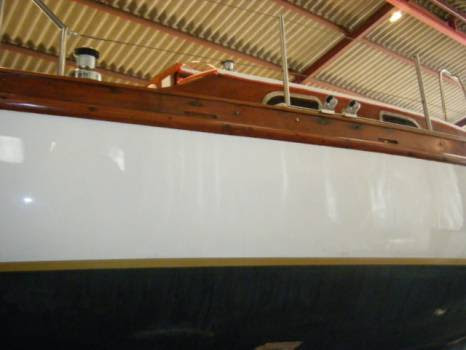 Chantier Naval Pour Peinture Et Vernissage Bateau Sur La Londe