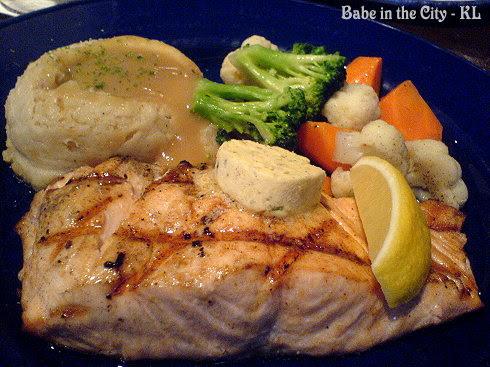 Grilled Salmon Steak RM35