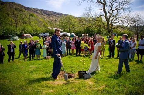 How to have a humanist ceremony « WeddingVenues.com