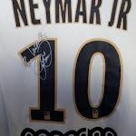 """Insolite - """"Pour la Creuse"""" : la dédicace de Neymar sur son maillot du PSG"""