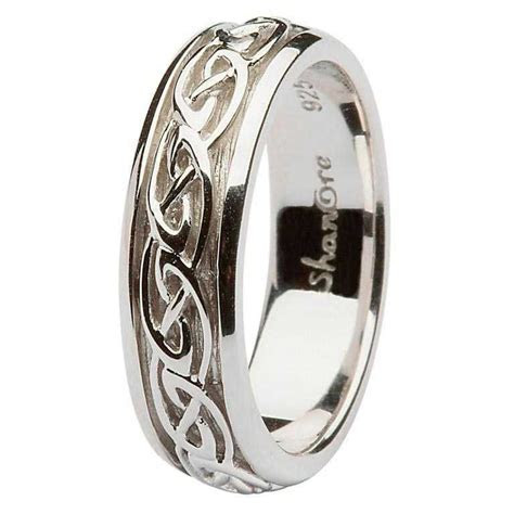 Ladies Silver Celtic knot Wedding Ring
