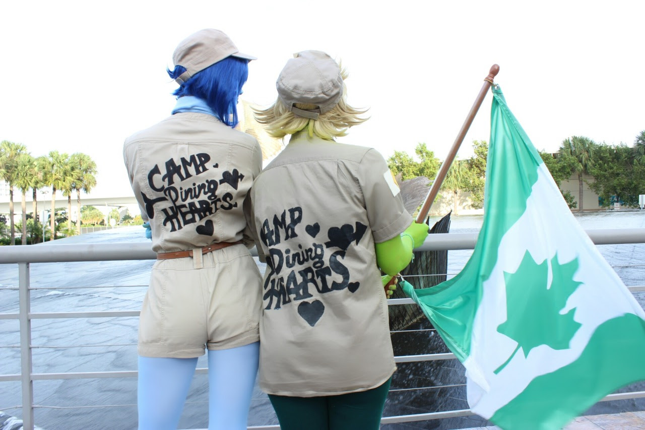 @kellykirstein looking fabulous as Paulette/Lapis and me as Peridot/Percy