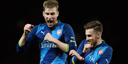 Mertesacker hails impact of young stars