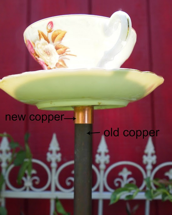 birdfeeder için yeni ve eski bakır boru örneği