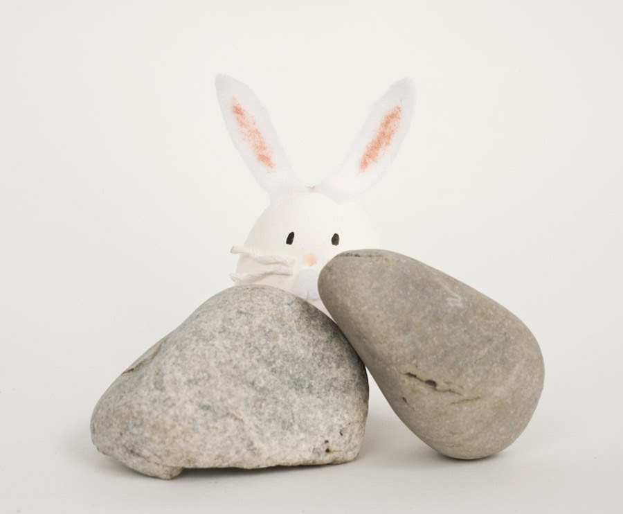 DIY easter bunny out of egg shells
