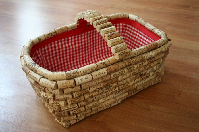 reciclar-tapones-de-corcho-cesta
