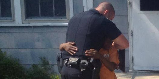South Carolina Cop's Remarkable Act of Kindness